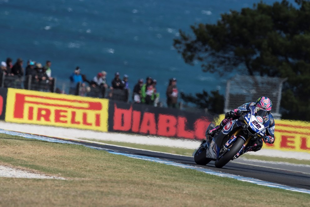 Pata Yamaha Battle for the Podium in Race 2 Thriller at Phillip Island