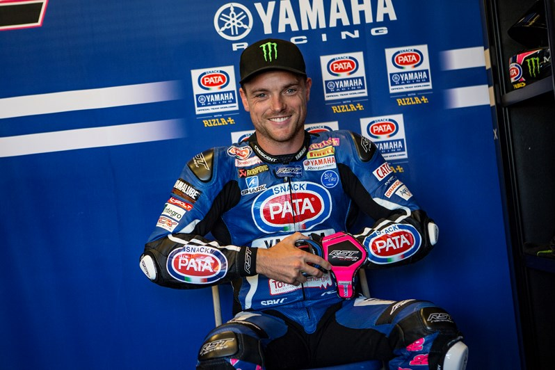 Lowes Extends Yamaha WorldSBK Contract for 2018 Season